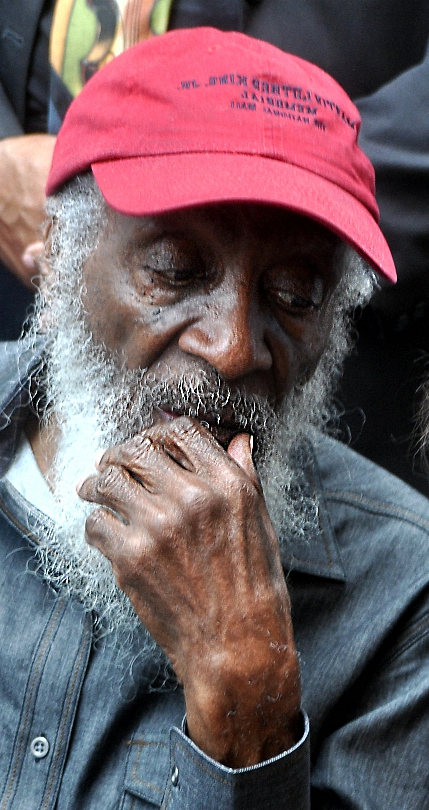 Dick Gregory resized